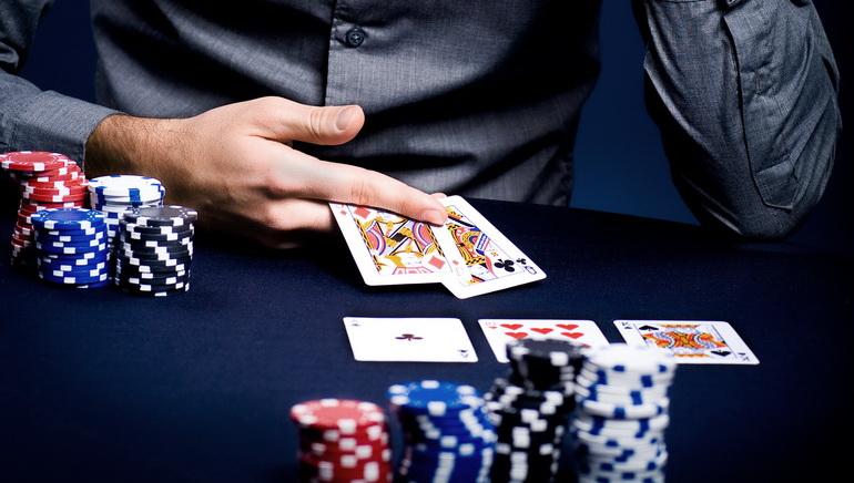 Pokerové skúsenosti Georga Stephanopoulosa na GMA
